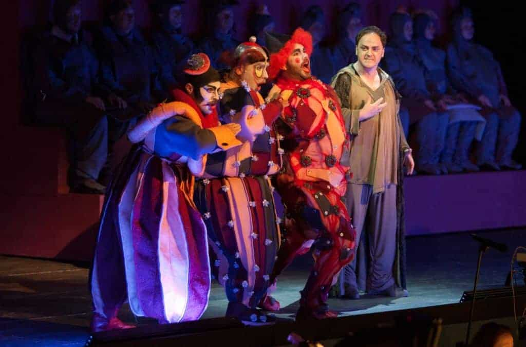 Ping in Turandot (left)